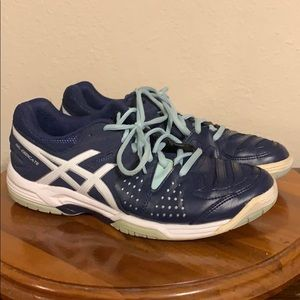 ASICS tennis shoes, Sz 7 1/2